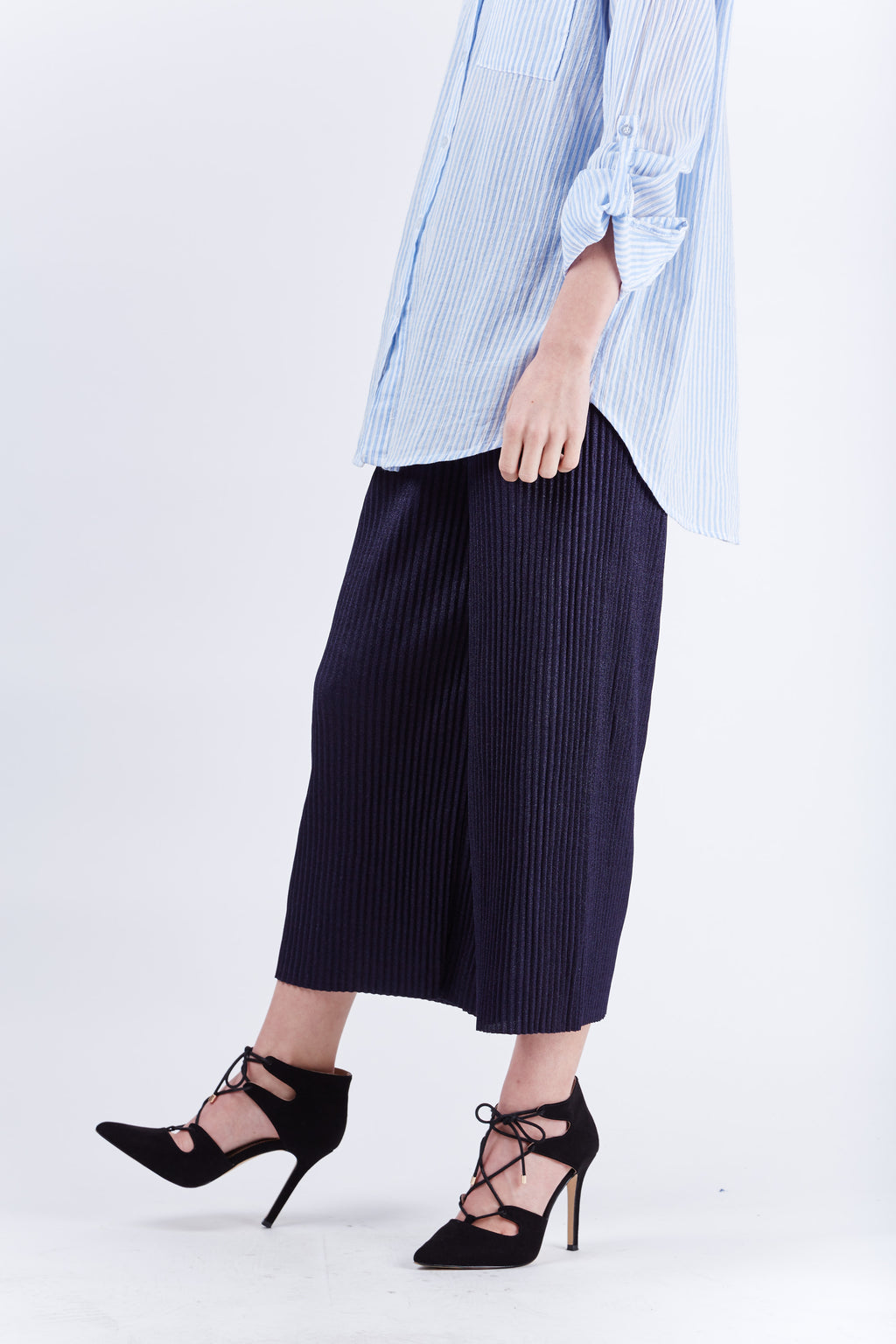 Belted Pleated Pants Navy