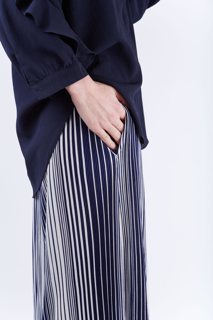 Stripe Pleated Pants Navy
