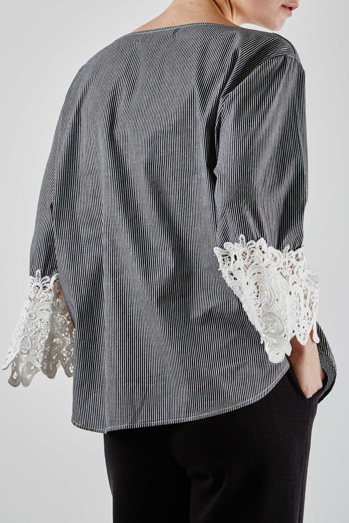 Victoria Lace Top Grey
