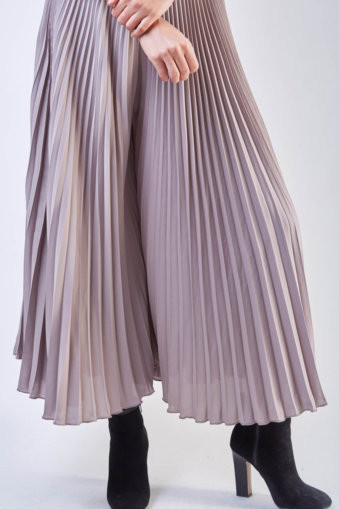 Wide Pleated Pants Beige