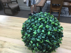 Boxwood ball 9""