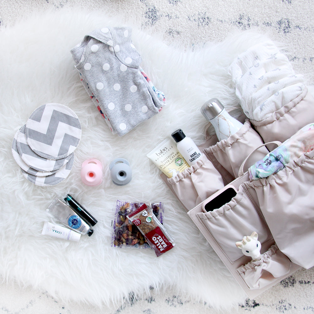 newborn diaper bag essentials packing list