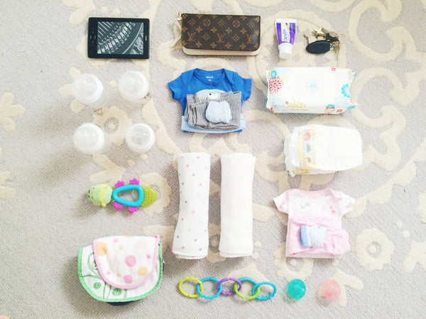 diaper bag checklist for twins