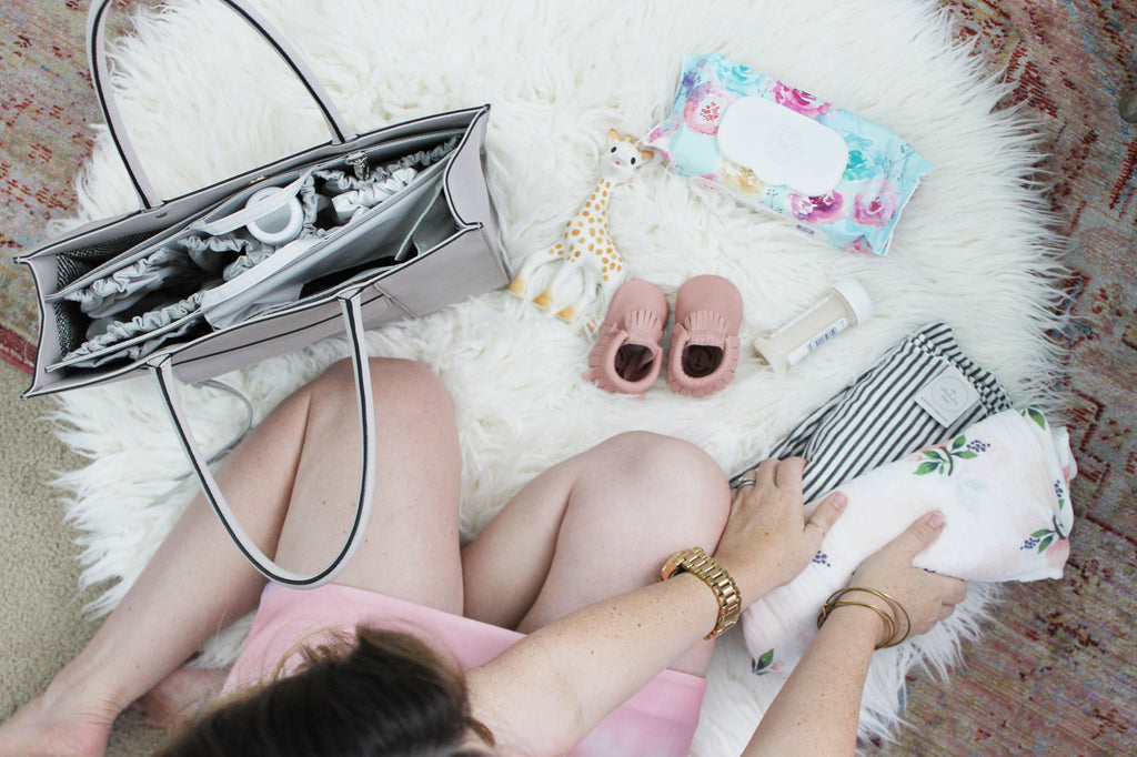 diaper bag checklist newborns