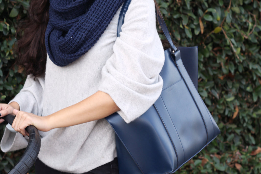 totesavvy and raven tote