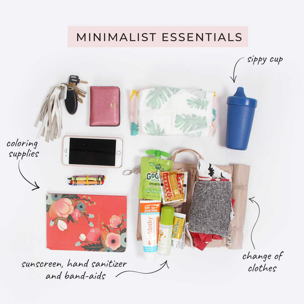what to pack inside your diaper bag as a minimalist