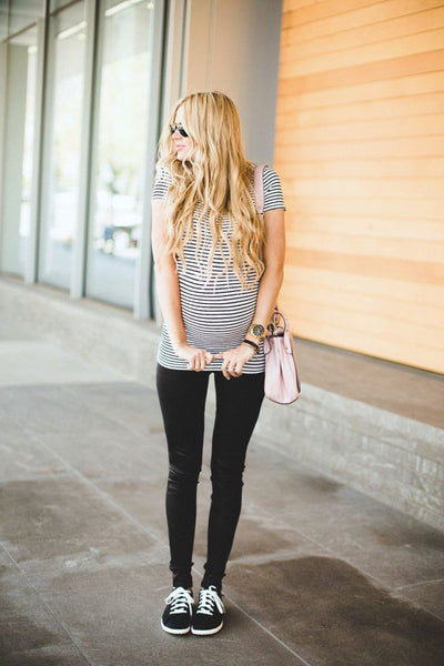 striped t-shirt maternity style