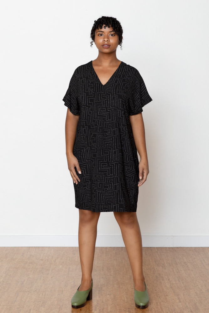 Labyrinth Carol Dress - Black
