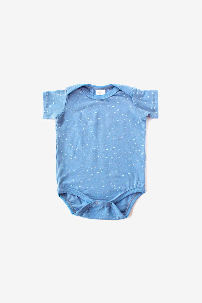 Sparrows Organic Onesie - Riviera with Natural