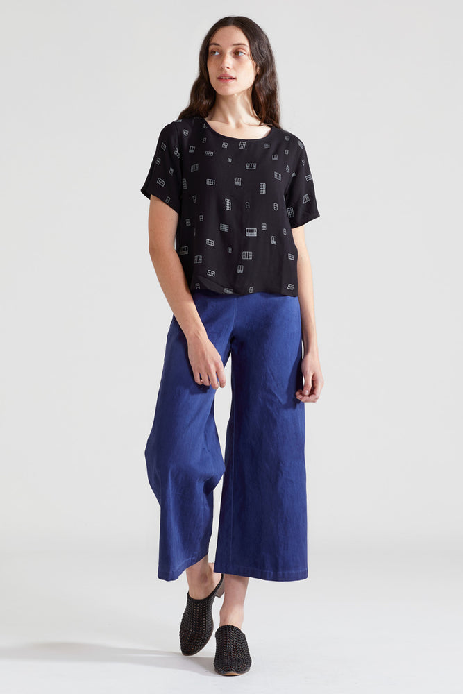 Windows Cropped Blouse - Black