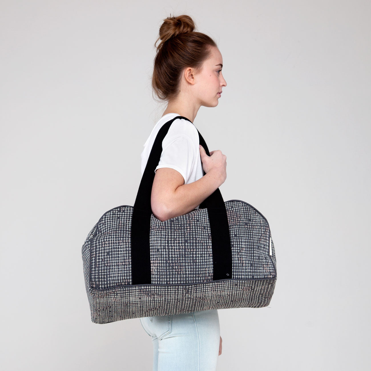 products/cross-stitch-weekender-taylor-2-ss16.jpg