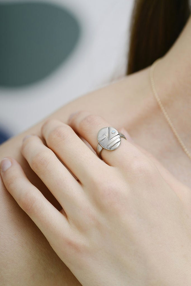 SOPHIE FACE RING - SILVER WITH OPAL