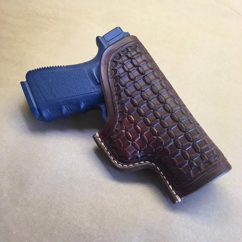 Glock 19/23/32 Leather OWB Holster, Wafflestamp Tooling..... Saddle Leather.....Handtooled..... Handstitched