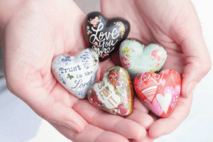 Art Hearts Pocket Tokens