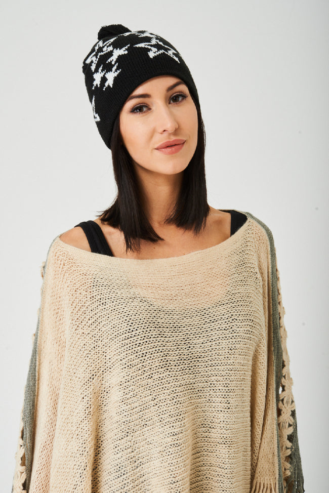 Star Print Black Beanie Hat-Fabulous Bargains Galore