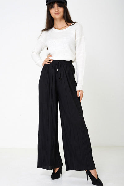 Pleated Wide Leg Trousers in Black