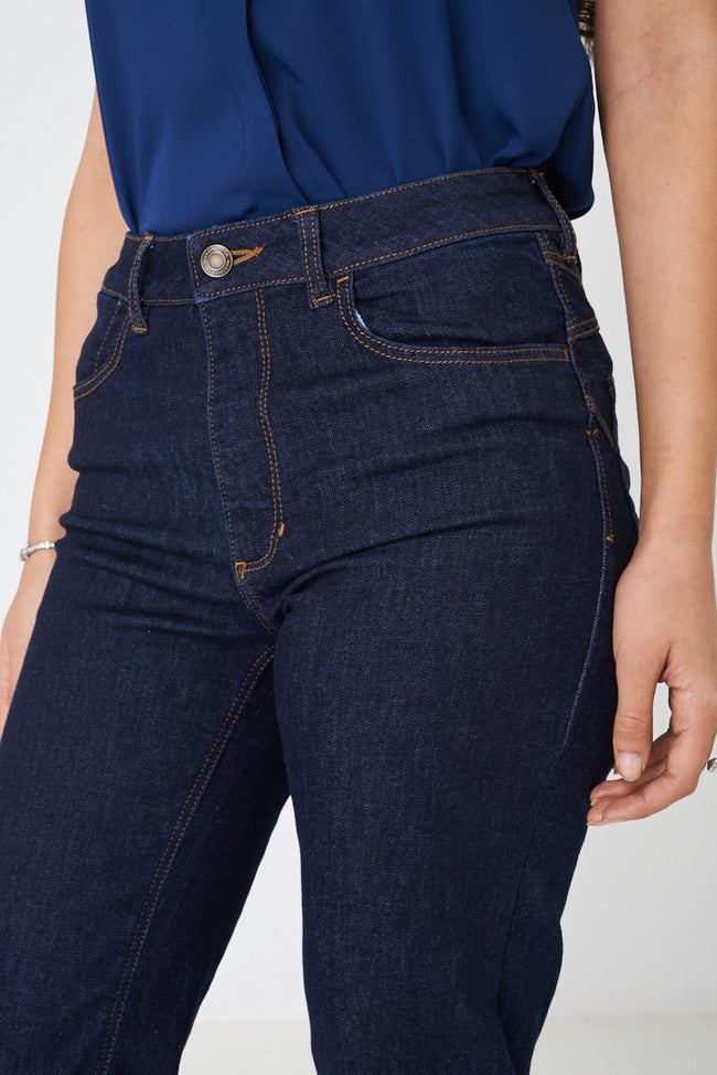 Straight Jeans in Navy Ex Brand-Fabulous Bargains Galore