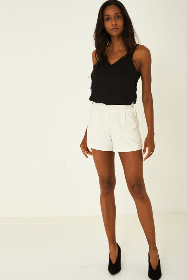 Cream Shorts Ex Brand-Fabulous Bargains Galore