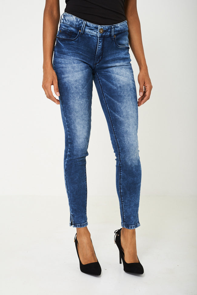 Skinny Jeans in Blue Ex Branded-Fabulous Bargains Galore