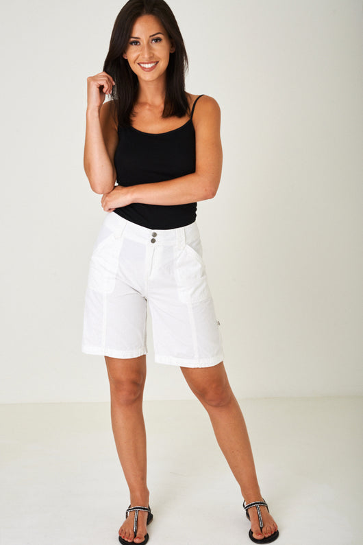 Lightweight City Shorts in Off White-Fabulous Bargains Galore