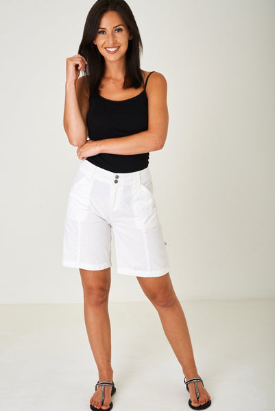 Lightweight City Shorts in Off White