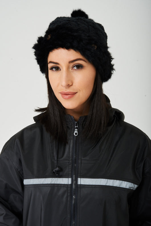 Pom Beanie in Black-Fabulous Bargains Galore