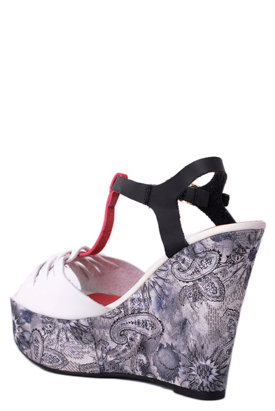Paisley Print Wedge-Fabulous Bargains Galore