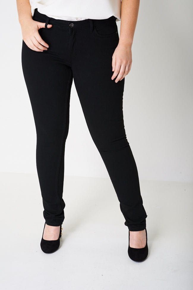 PLUS Skinny Jeans in Clean Black Ex-Branded-Fabulous Bargains Galore