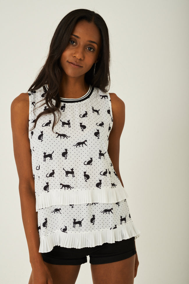 Cat Print Top in Off-White-Fabulous Bargains Galore