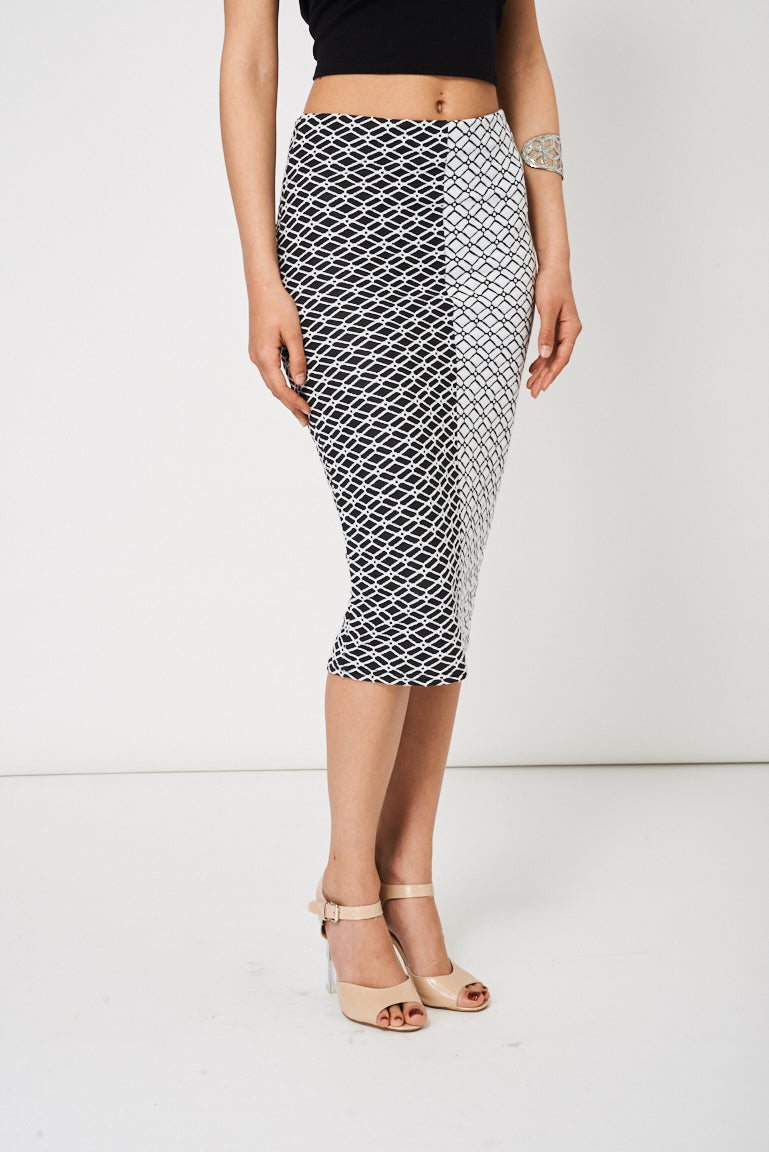 4e392034885 Black And White Textured Pencil Skirt Available In Plus Sizes