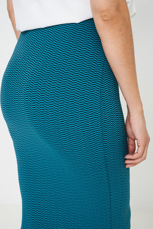 Pencil Skirt in Textured Finish-Fabulous Bargains Galore