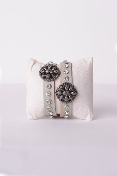 Skull Leather Bracelet in Grey