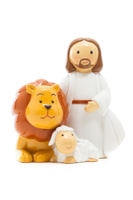 Jesus, lion and lamb statue - Little Drops of Water