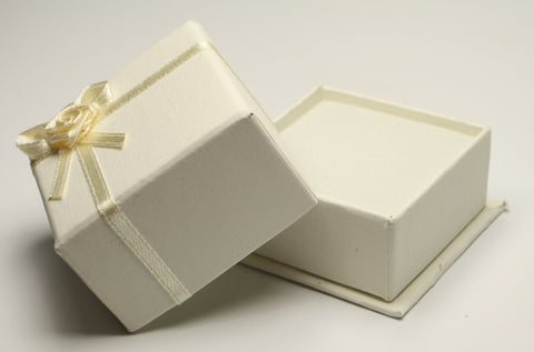 Ivory Square Jewellery Gift, Ring, Earing Box 5x5x3.5cm TRC176