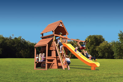 Playground-One-Supreme-Fort-Hangout
