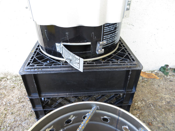Deluxe Estufa Finca Farm Stove with Air Base and Cook-Top