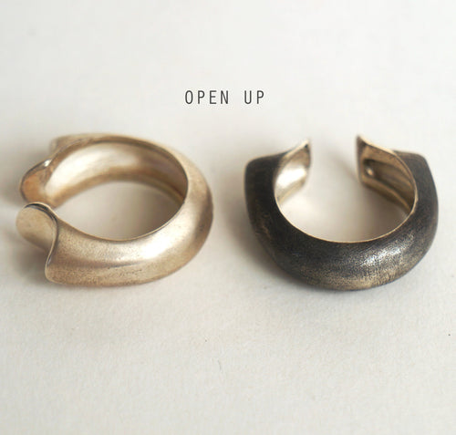___ Jewelry Black Opened ring