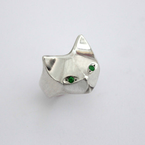 ___ Jewelry Cat Ring With Emerlad Eyes