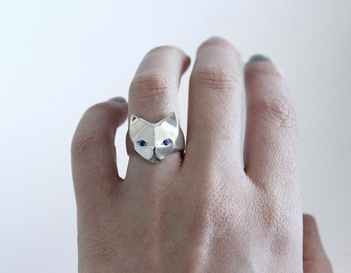 ___ Jewelry Cat Ring With Sapphire Eyes