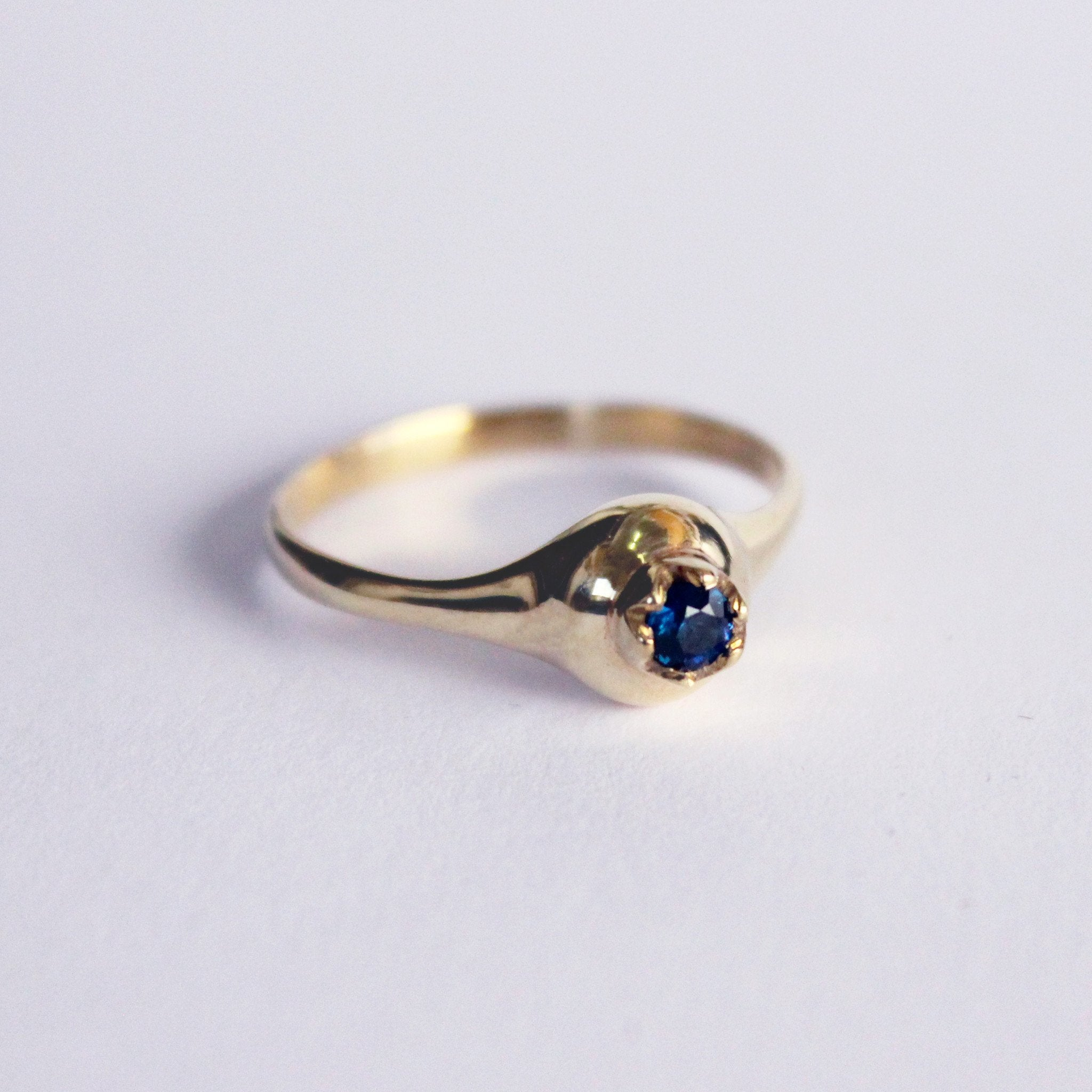 nr product blue ring sapphire gold nature adr shiny delicate home