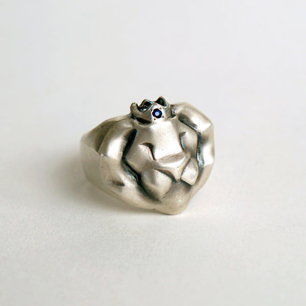 ___ Jewelry Lion Ring Blue Sapphire Crown