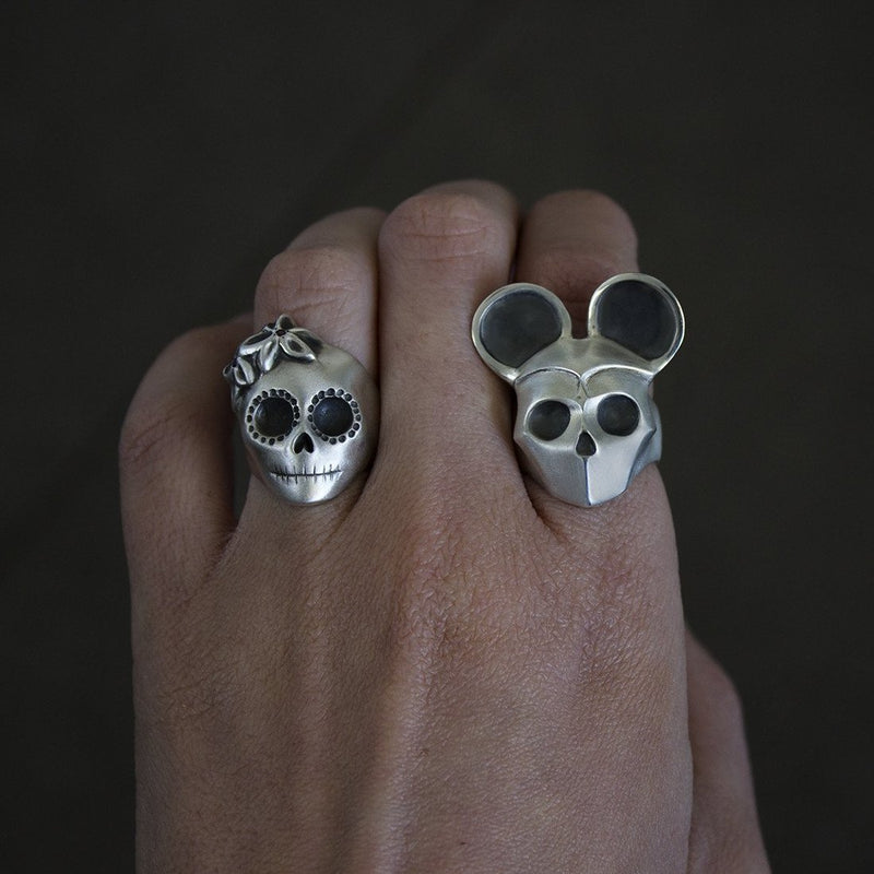 ___ Jewelry Skull Ring with Mouse Ears