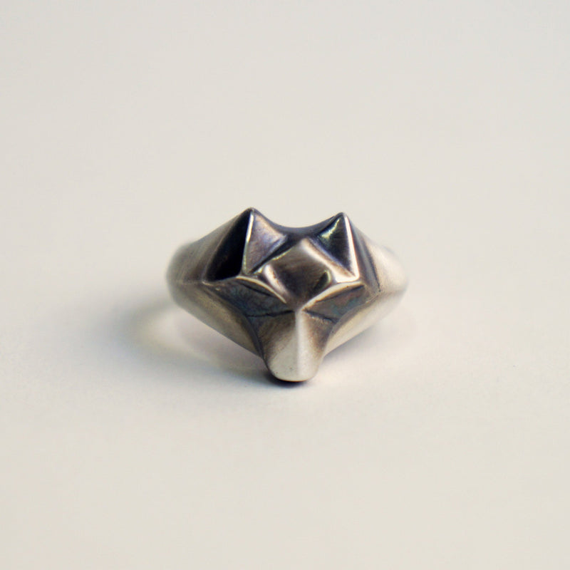 ___ Jewelry Wolf Ring