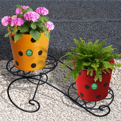 OUTDOOR PLANT POTS AND PLANTERS - Table Top Planter Stand - Set of 2