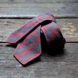 Richter Red linen tie