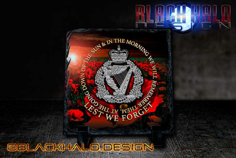 The Royal Irish Regiment (RIR): Lest We Forget Natural Rock Slate with Stands (150mm x 150mm) - Black Halo Design