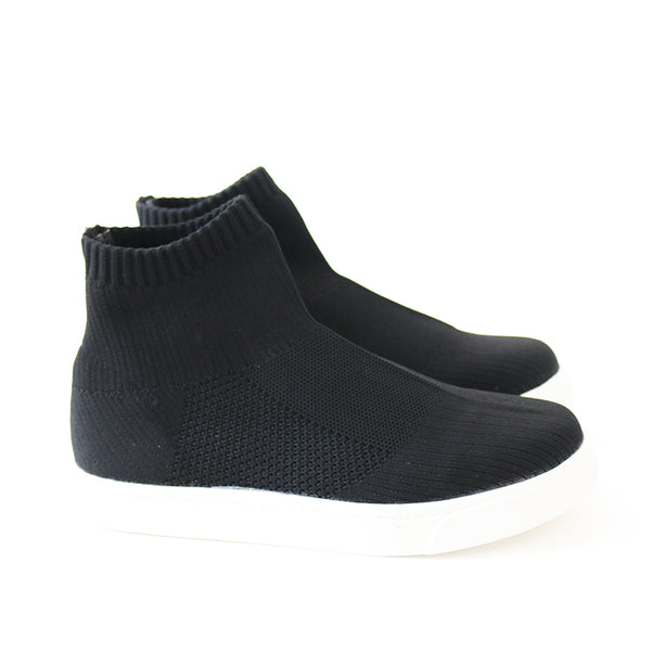 bottom black mesh knit sneakers