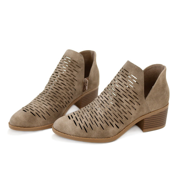 chalk-taupe-alexia boots