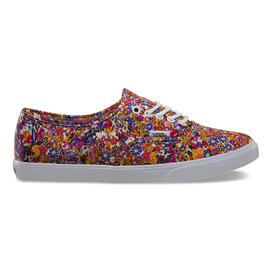 68f2936874185e Vans Authentic Lo Pro Ditsy Floral Purple - Sneakers - Skateboard ...