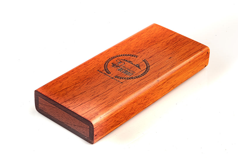 Exclusive Gift Set - 5 cigars + Wooden Carrying Case